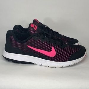 Nike Experience RN 4. Pink/ Black. Women's 6.5